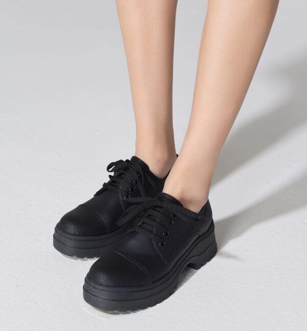 Zapato Aries negro 1